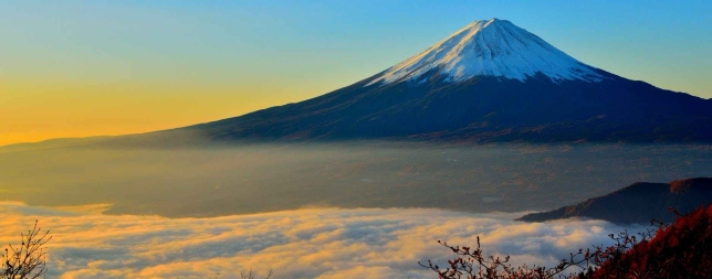 mt-fuji-sea-of-clouds-sunrise-46253.jpeg